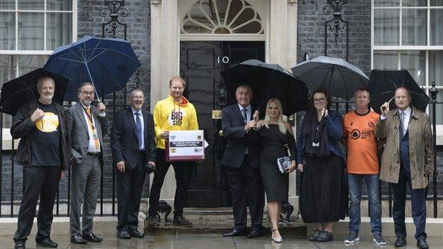Peter Shilton was joined by campaigners to hand in a 12,000 strong petition to prime minister Boris Johnson